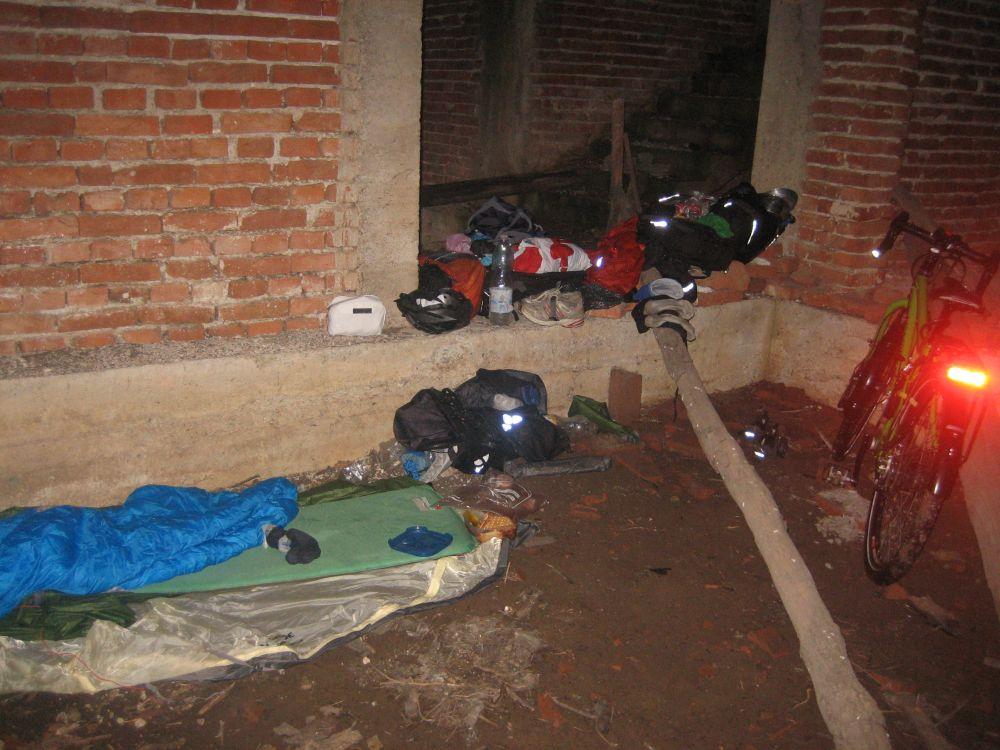 Nachtlager im Kosovo