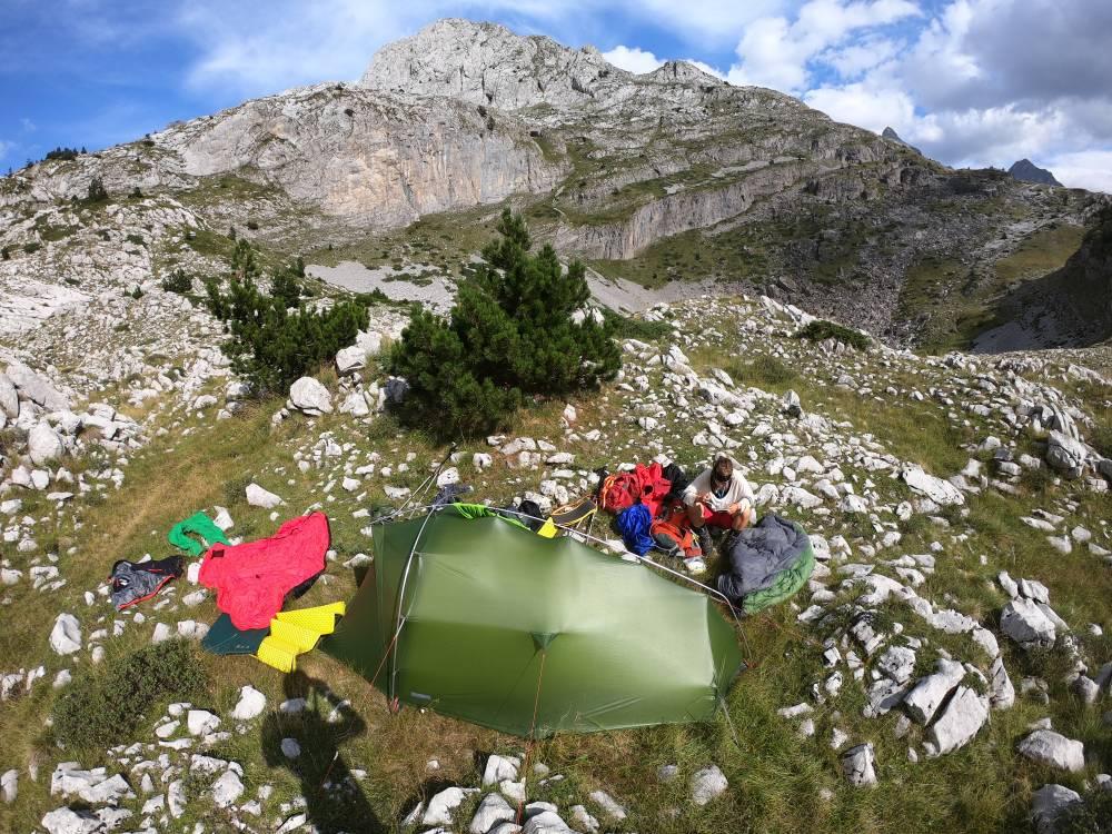 Zelt und Ramschhaufen (wie immer)