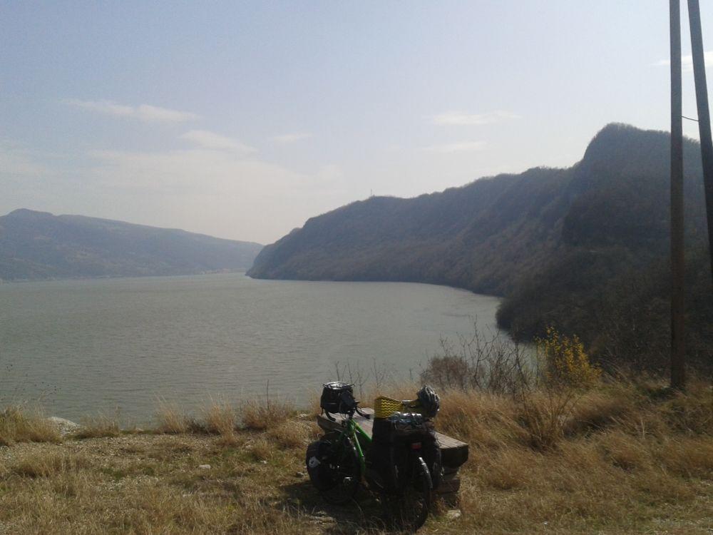 Allein gegen den Wind: Radreise Ungarn-Serbien-Rumänien