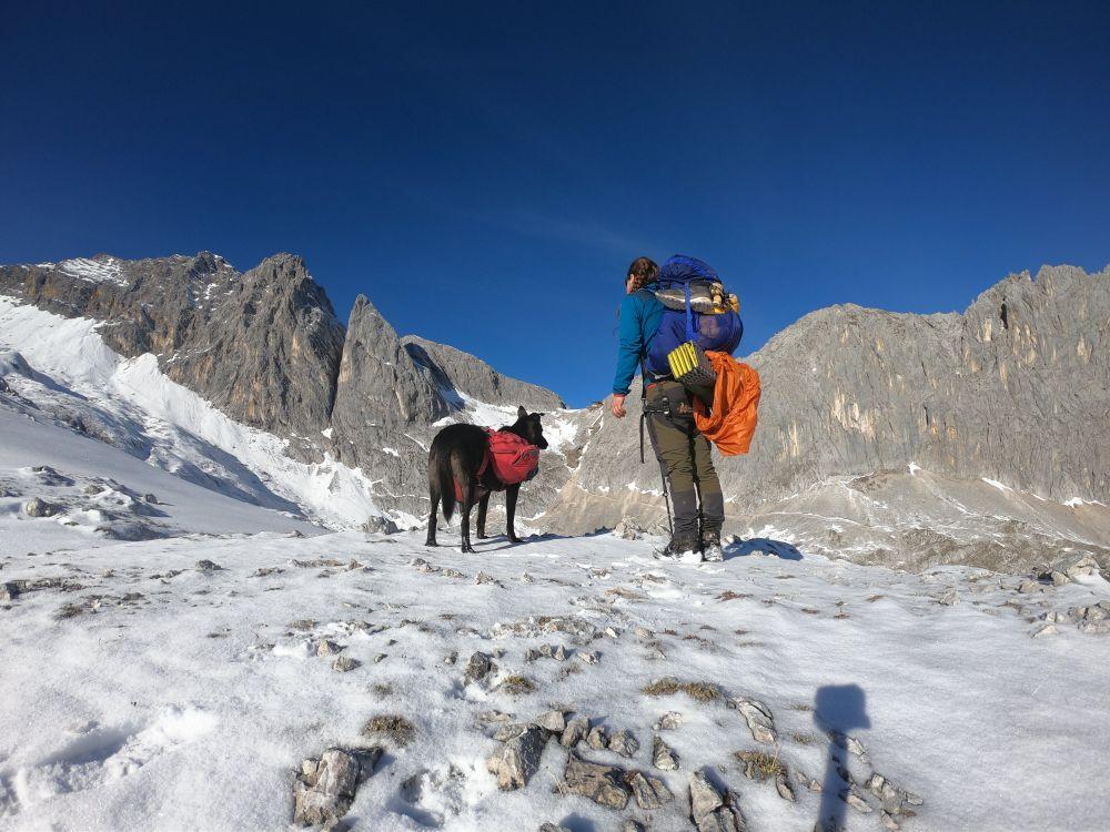 Auf dem Weg zur Meilerhütte Trekking mit Hund zur Zugspitze