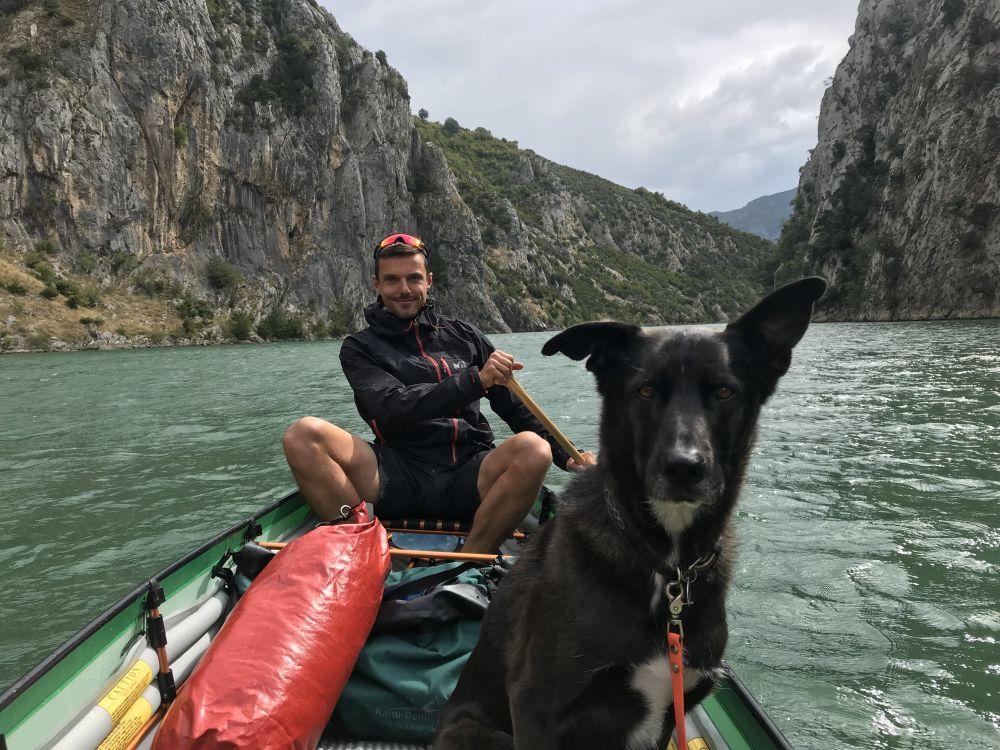 Kanu – Paddeln mit Hund